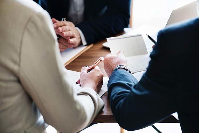 Dlaczego warto postawić na outsourcing księgowości?