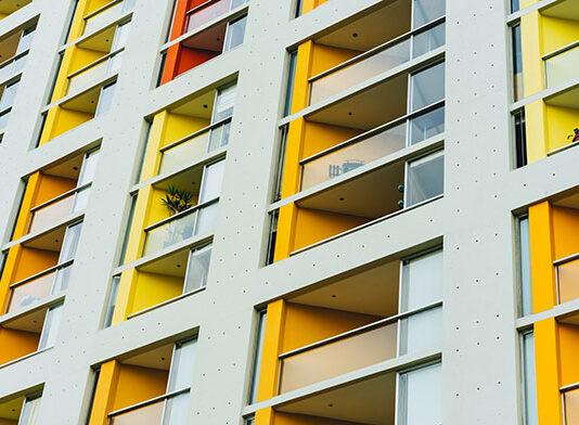 Osłonki na balkony